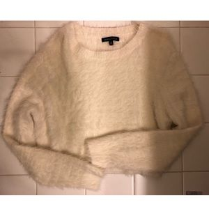 Kendall & Kylie White crop sweater!!!!
